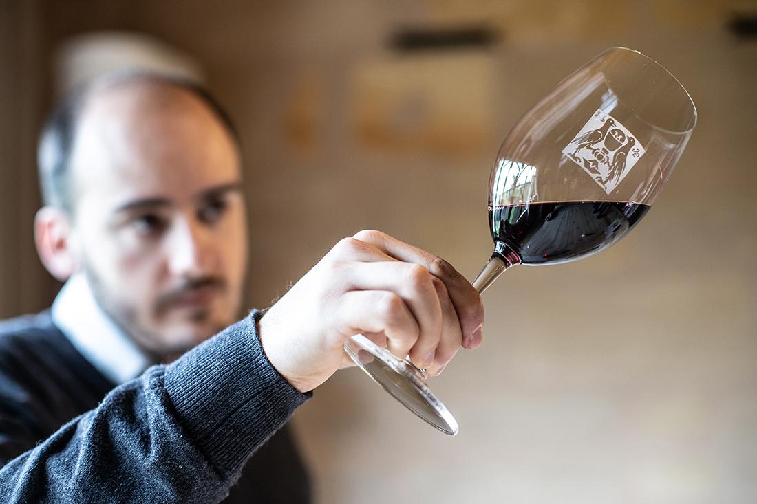 Degustation de vins au chateau Leognan appelation pessac-leognan